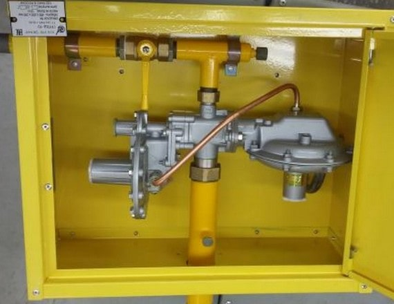 Пункт газорегуляторный шкафной ГРПШ-10МС с РДГК-10М-2